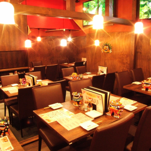 [Enjoy the atmosphere of Okinawa] How about an authentic meal in a tropical space with exotic atmosphere?