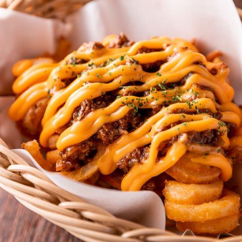 辣椒奶酪捲土豆薯條