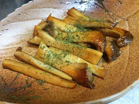 鲱鱼酱油黄油