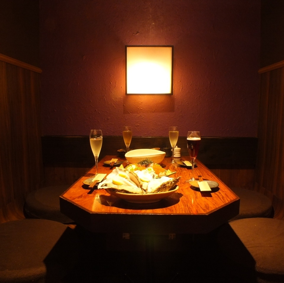 A feeling of omission does not accumulate ♪ It is a hideout private room that you can use from a small number of people.Private time can be enjoyed because it is a fully private room with a door!