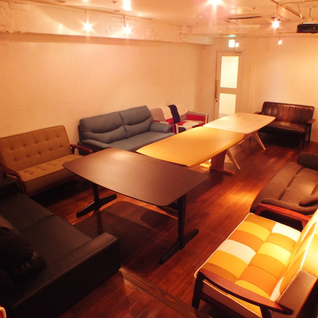 Guest room available for private use also available! You can enjoy while relaxing slowly with sofa.A home party style ♪ surrounding a pot