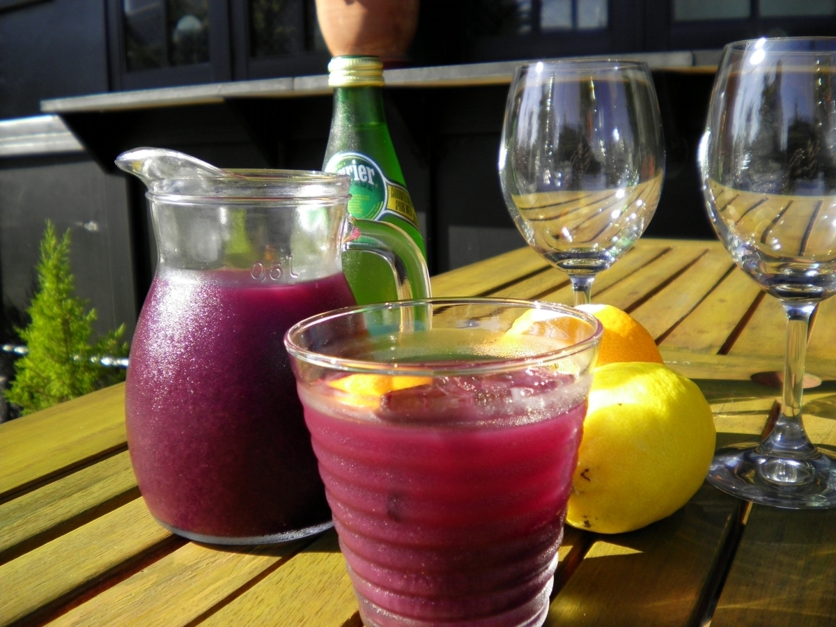 Popular wines and sangria