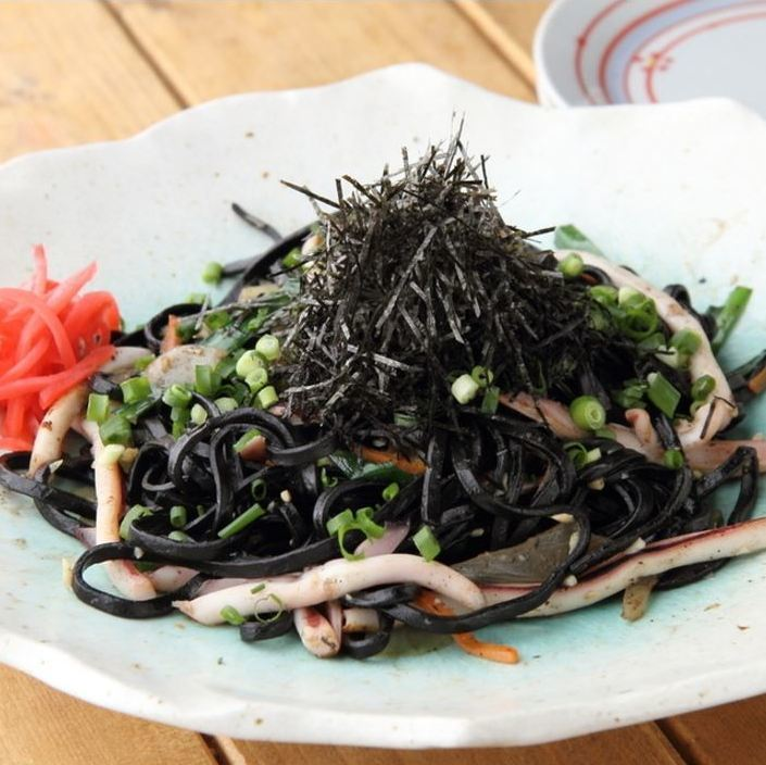 Squid ink with grilled soba