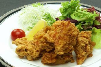 Deep-fried chicken (Iwate prefecture's Kogane chicken)