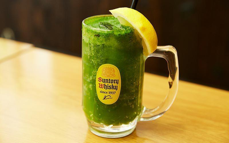 在玻璃杯品嚐當地特產!Komatsuna highball&sour