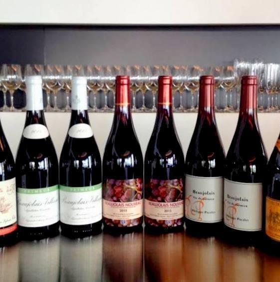 常時10種類前後のグラスワインをご用意しています。