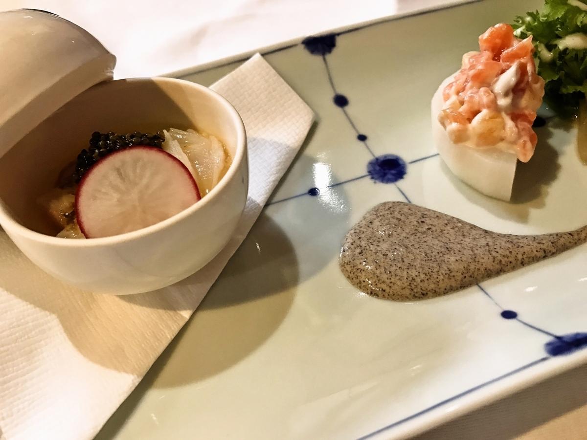 北海ダコの炙り、ロワイヤル(洋風茶碗蒸し)サーモンマリネと柿のカブファルシー