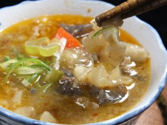 Miso stew of beef tendon