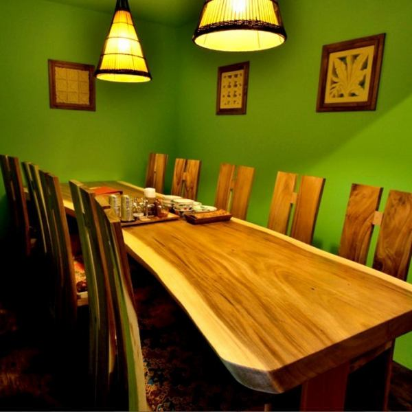 Half private room space in the back of the store · · ☆ It is possible for up to 10 people, so you can relax at a farewell reception party or a company drinking party · girls' party · compare etc perfectly ♪.