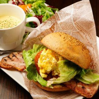 Amarante specially made B, L, T, E sandwich