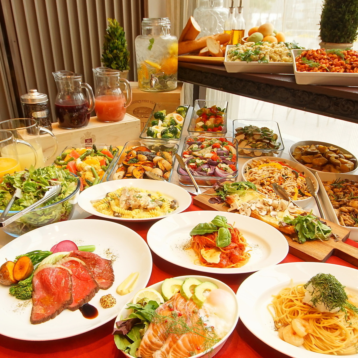 【平日ランチ】選べるメインは隔週で変更!旬の食材を使用したランチをどうぞ!