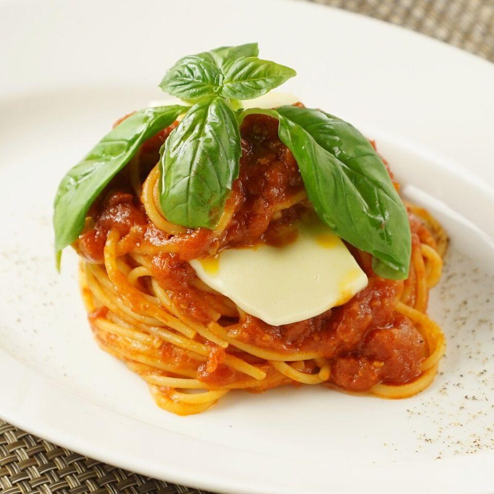 スパゲッティ モッツァレラチーズのポモドーロ