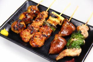 Scissors (sauce / salt) / Garlic grilled garlic / Tsukune mayonnaise / Shoulder roll