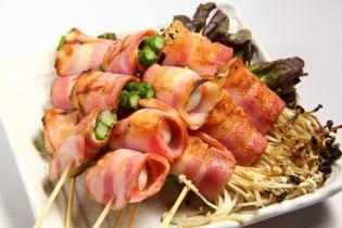 Bacon winding ... 2 mochi / 2 asparagus / 2 quail and 2 eggs
