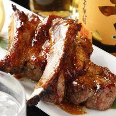 """[飲酒/娛樂""""3H飲料×骰子牛排和鍋當然與所有你可以""""<所有9菜餚> 5000日圓(含稅)⇒4000"""