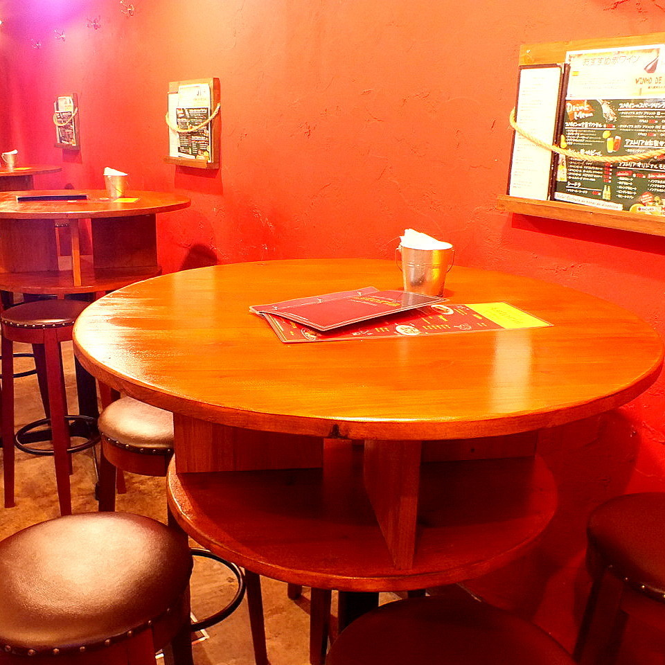 Table seat (1 F: 3 to 18 people can be accommodated)