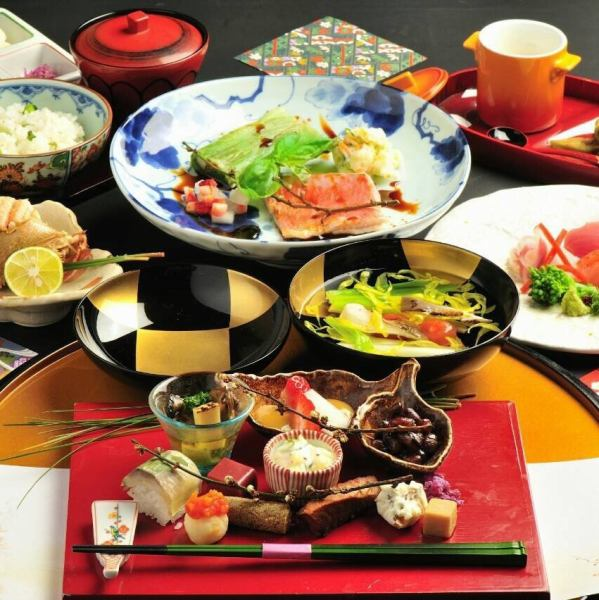 It deals luxury kaiseki A lunch all 6 dishes ⇒2300 yen
