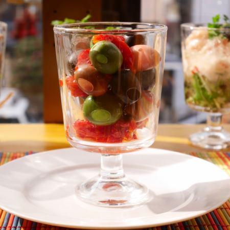 オリーブ&セミドライトマト