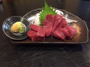 Recommended! Selected Sakura Meat Horse Sting Three Syari (Red / Red Lean / Fin)