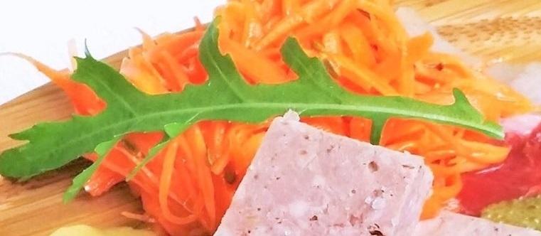 キャロットラペと野菜のマリネ