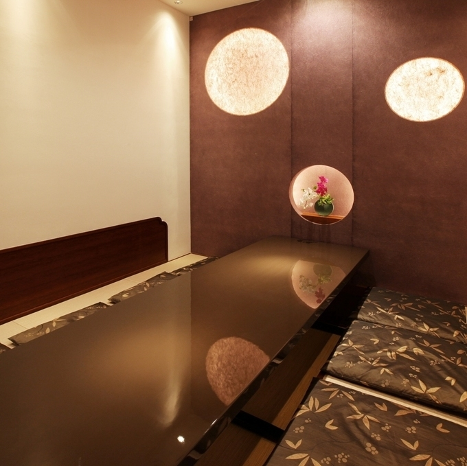 【Peony - Botan -] Completely individualized room with digging completely up and down, which can be used for up to 8 people.It is ideal for use in various scenes such as banquet, dinner party, entertainment, and face-to-face meetings.Because this is also a popular seat, early eyes are recommended for reservation.Please do not hesitate to tell us your preliminary content.