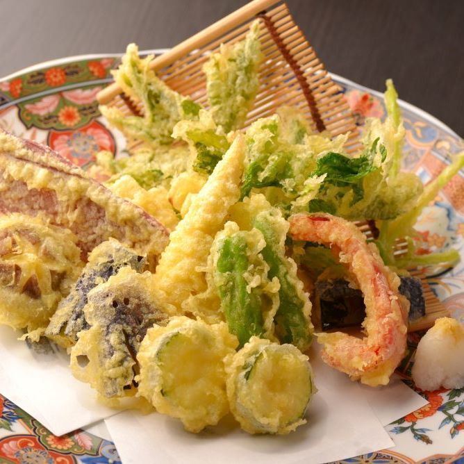 Seasonal vegetables Tempura Assorted