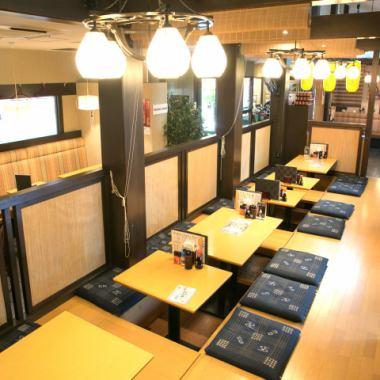 【適合40人的Kashira宴會】推薦用於舉辦大型宴會的座位。3000日元的宴會計劃很棒。因為它是一種挖掘配方,你可以放鬆雙腿慢慢放鬆,所以它適合2人,最多40人坐在宴會上。請用於各種場景,如私人派對,公司宴會,法律事務,校友會等。