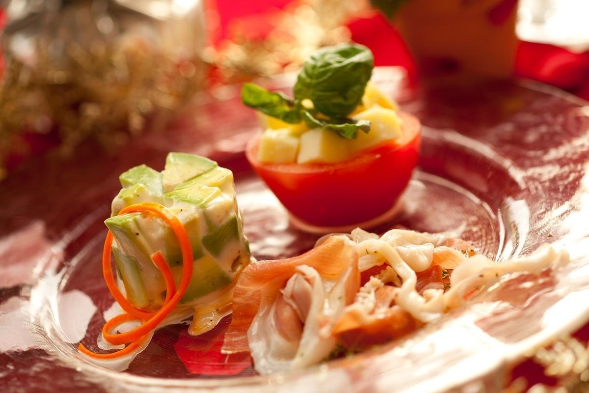 什锦开胃菜3个品种
