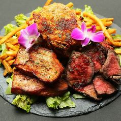 ☆個室×肉バル宴会☆名物!牛・豚・鶏のがっつり肉ステーキ盛全6品2H飲み放題付4,500円→3,500円