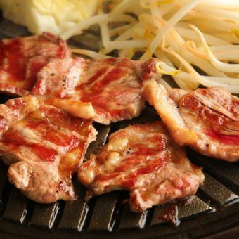 經典受歡迎的學生Ram Jingisukan,牛肉卡爾維,Samgyeopsal 120分鐘吃自助餐套餐4500日元⇒4000日元