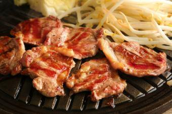 经典受欢迎的学生Ram Jingisukan,牛肉卡尔维,Samgyeopsal 120分钟吃自助餐套餐4500日元⇒4000日元