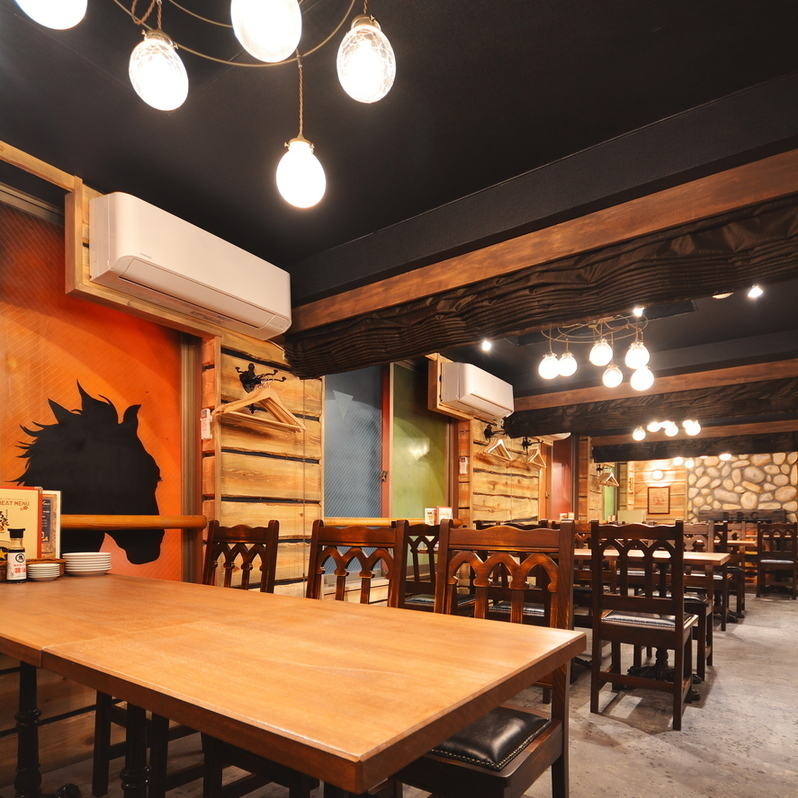 【3rd Floor】 Fancy space like Western-style building! We can prepare half-room space as there is a partition.