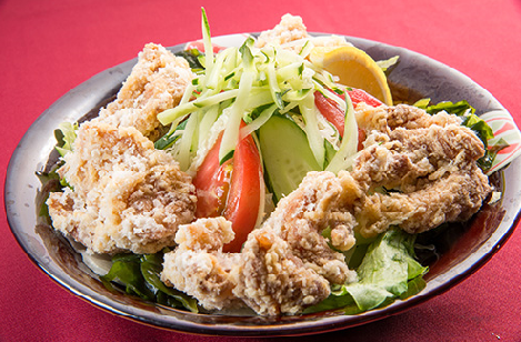 自創雞油煎的沙拉
