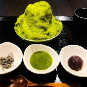 Sweet sake and sweet soymilk Matcha tea with mountain ice cubes ice set