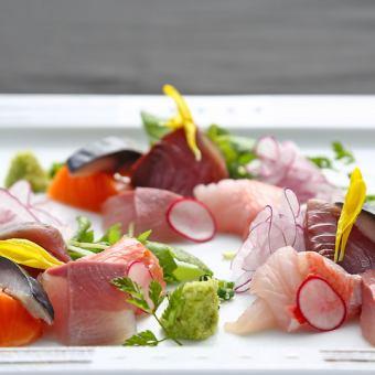 旬のお造り盛り合わせ等素材自慢☆旬のお野菜・お肉・お魚が愉しめる和食居酒屋!