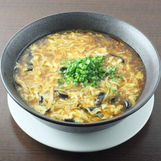 黒龍サンラ―湯麺