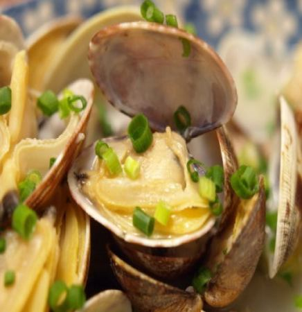 Sake Steamed Clam
