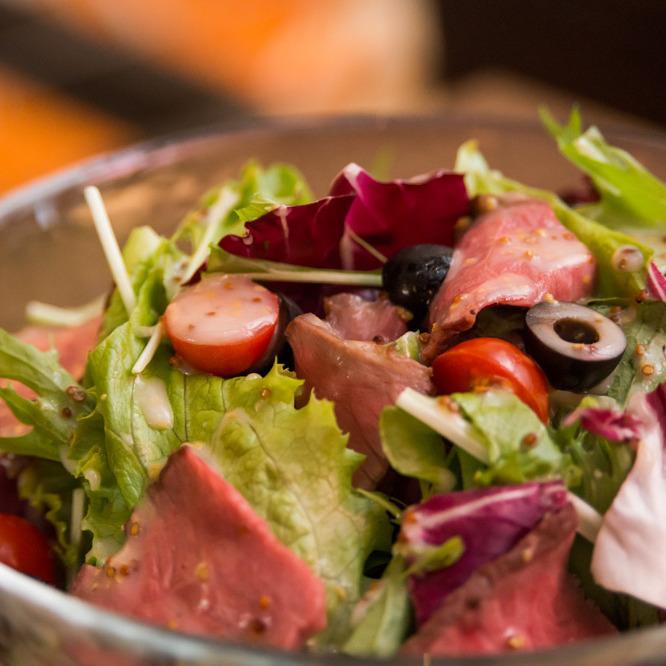 SHOWS salad