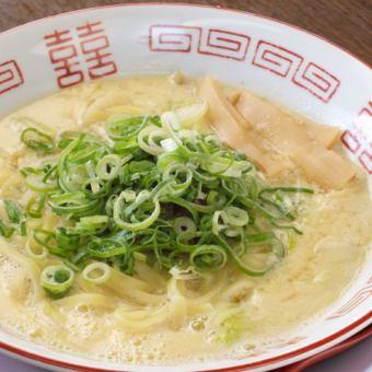 Tamago ramen noodles