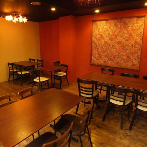 15 ~ 20 people, 20 ~ 25 people, 25 ~ 35 persons OK room available.Recommended for various banquets!