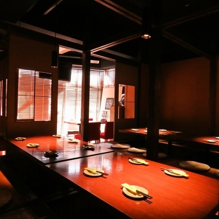 【Maximum of 22 people ☆ digging tatami room】 Please use it for banquets and alumni.