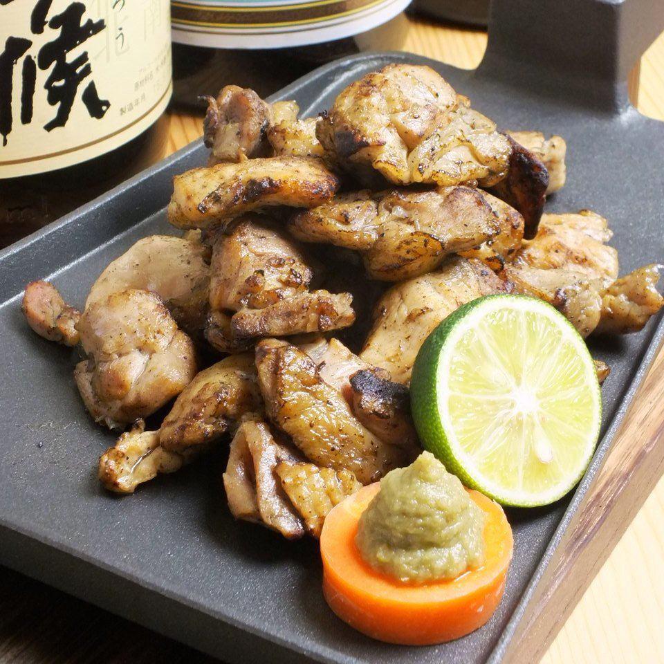 高知彻底吃了新鲜的鱼和鸡肉!享用当地的鸡肉kuwaki!