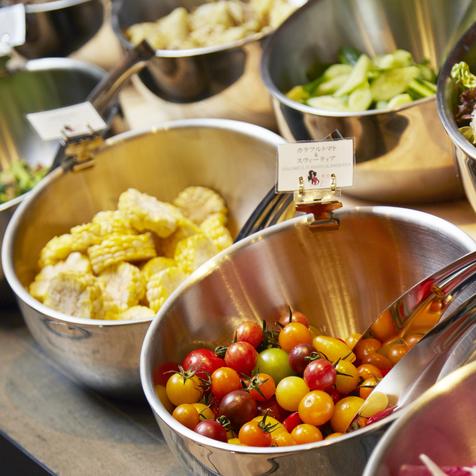 季節性蔬菜沙拉自助餐