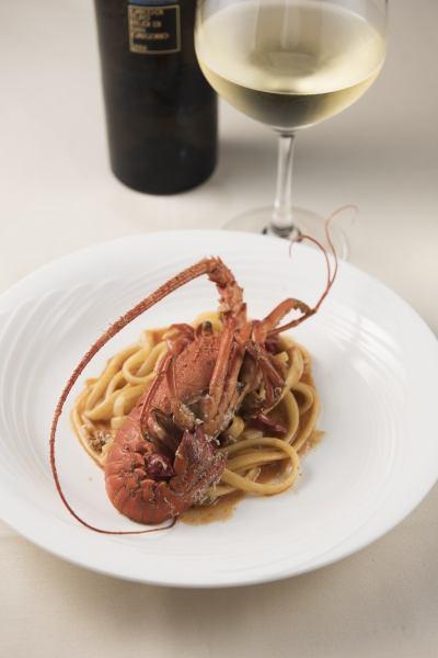 Lionine of Ise shrimp with cherry tomato (direct Ise production area)