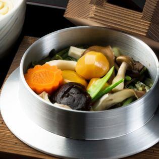 Wild vegetables and chestnut pots
