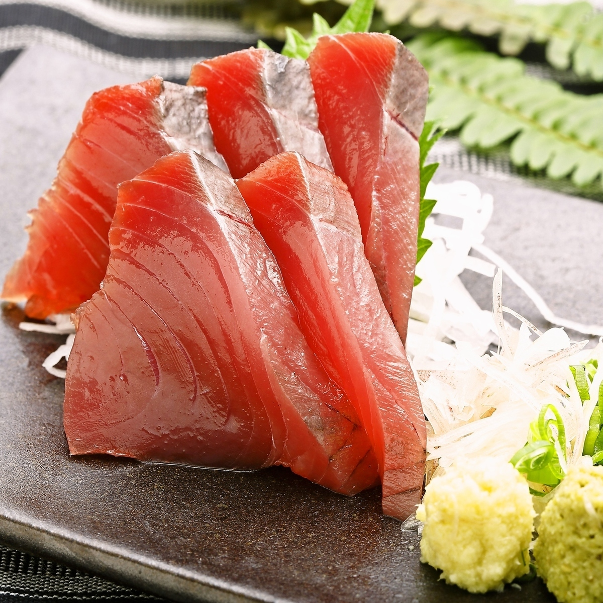 Bonito sashimi (leather with no skin)