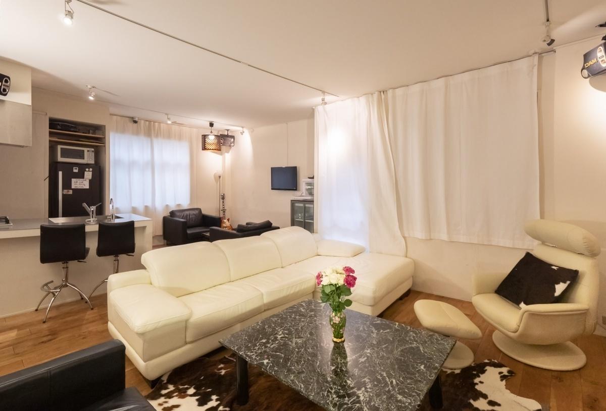 マンションの1室のような空間でおくつろぎいただけますヽ(^o^)丿