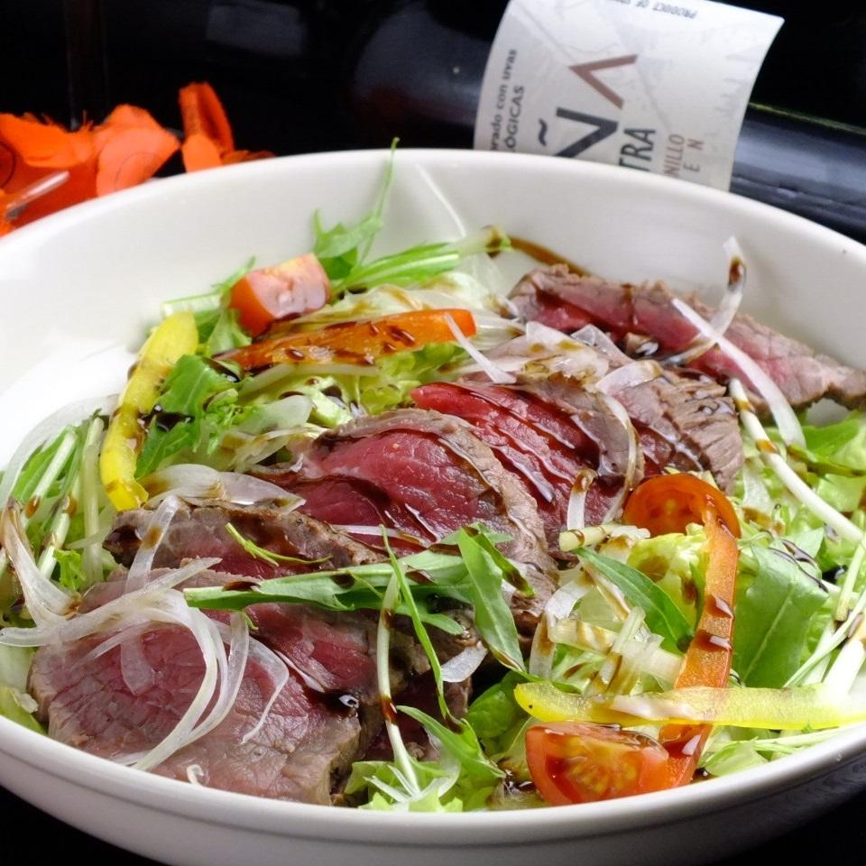 烤牛肉balsamico沙拉