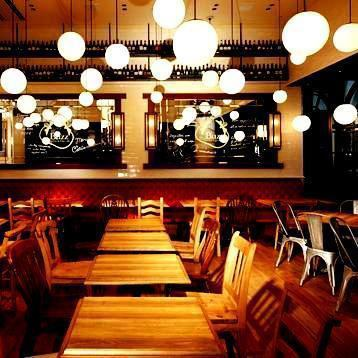 Round lighting impressive restaurant is, calm tree-conditioning space.Chartered 40 people - seated if 50 people, to up to 80 people! The party of your local companies like if Standing ◎