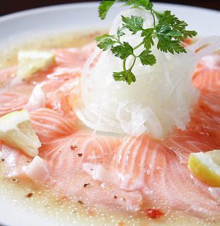 Activate! Hot Sushi Yuzu Treatment / Yobuko Squid Howard / Salmon Carpaccio